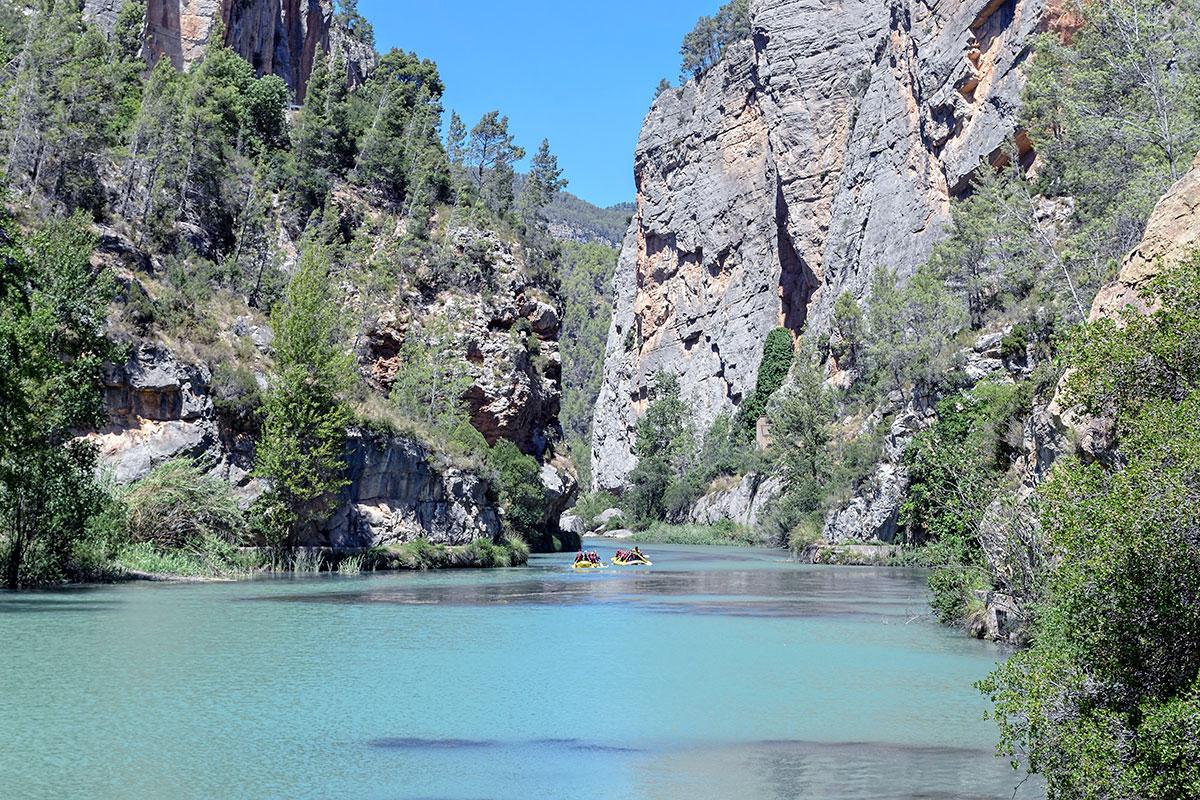 Montanejos es conocido por el color de sus aguas.