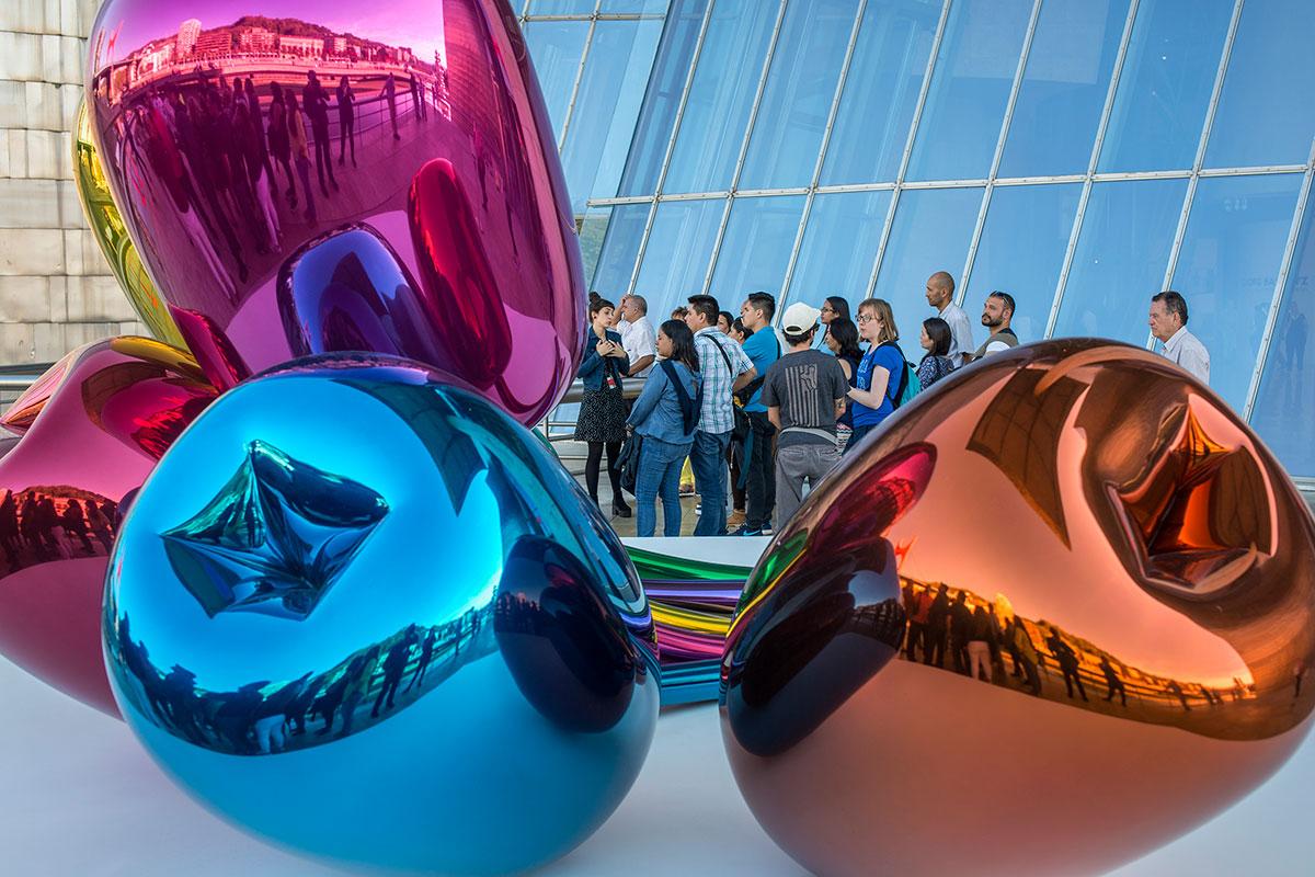 Los coloridos Tulipantes, de Jeff Koons.