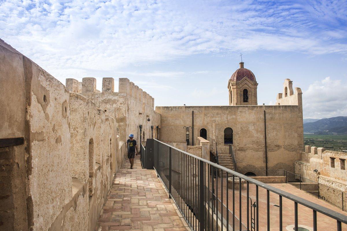 El origen del Castillo de Cullera se sitúa en el siglo X.