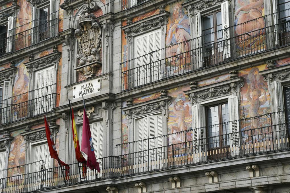 Una de las fachadas de la Plaza Mayor. Foto: Jordi C. Shutterstock.