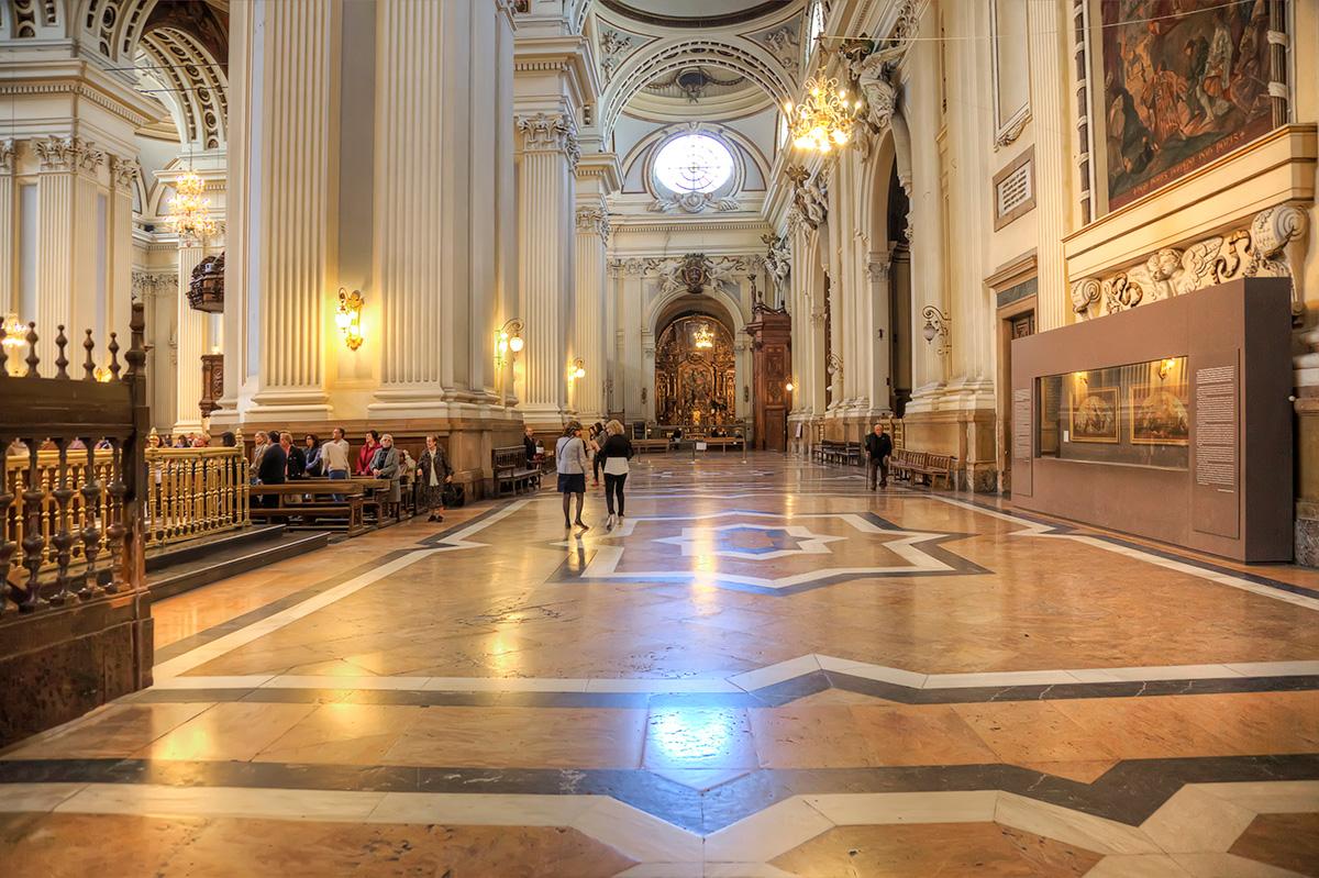 Interior del templo. Foto: Shutterstock