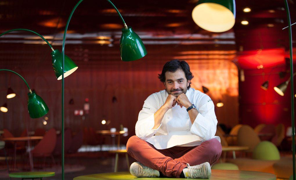 El chef en el interior de NuBel. Foto: Santiago Burgos