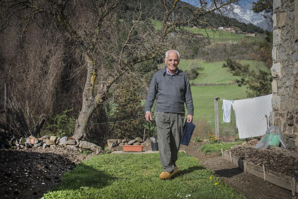 Don Manuel Gutiérrez, cura de Tama e historiador del Valle de Liébana, un sabio heredero de otro cura mítico, Don Desi.