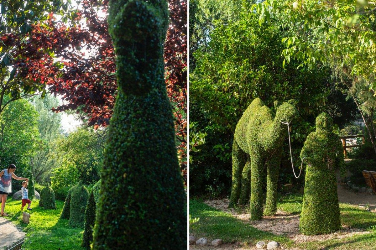Nessie, el monstruo del Lago Ness, es una de las esculturas más llamativas del bosque.