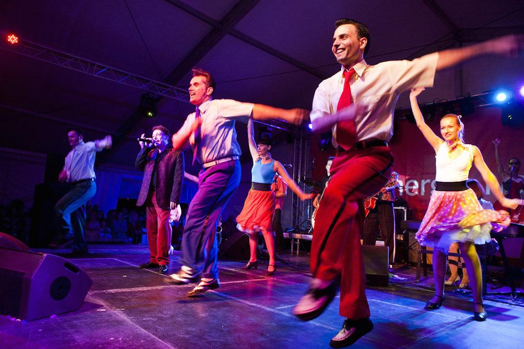Bailarines de rock'n'roll. Foto: Posztos / Shutterstock