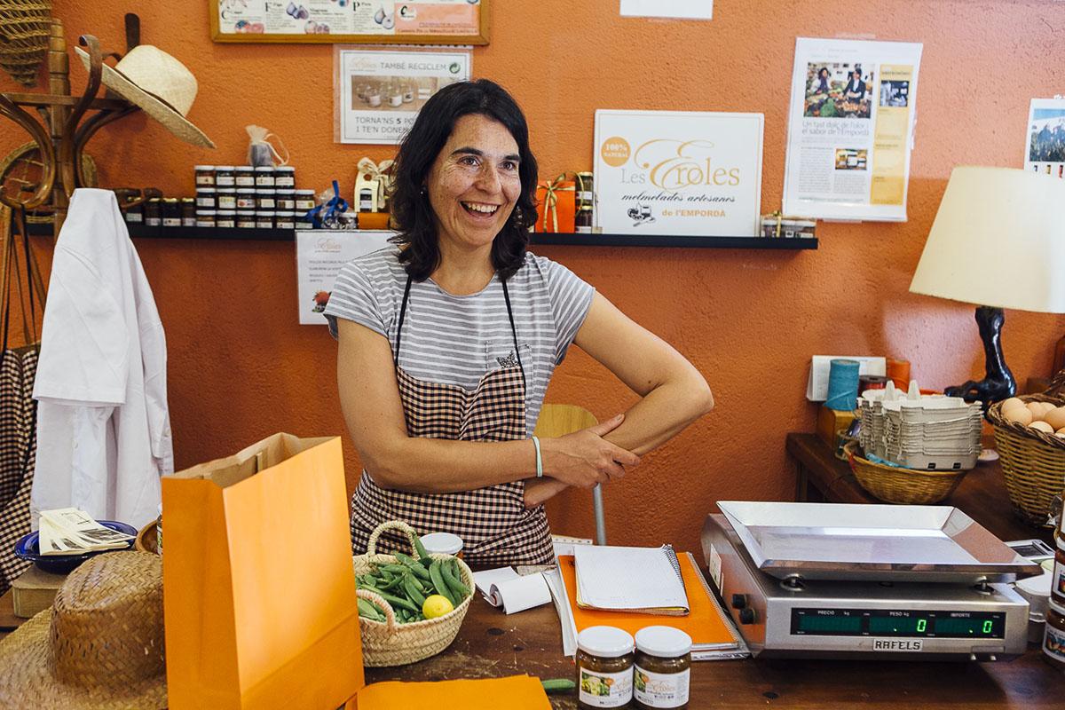 Gloria Juanals en la tienda les eroles