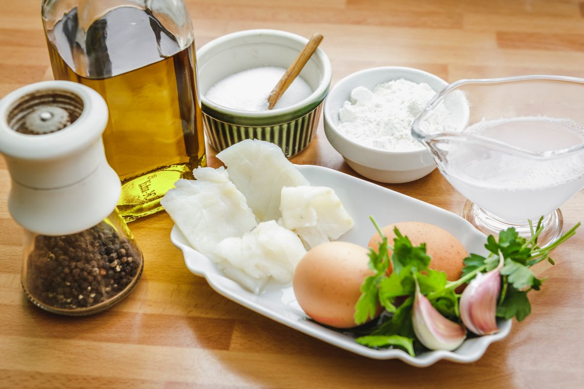 Ingredientes de las Pataniscas de Bacalhau