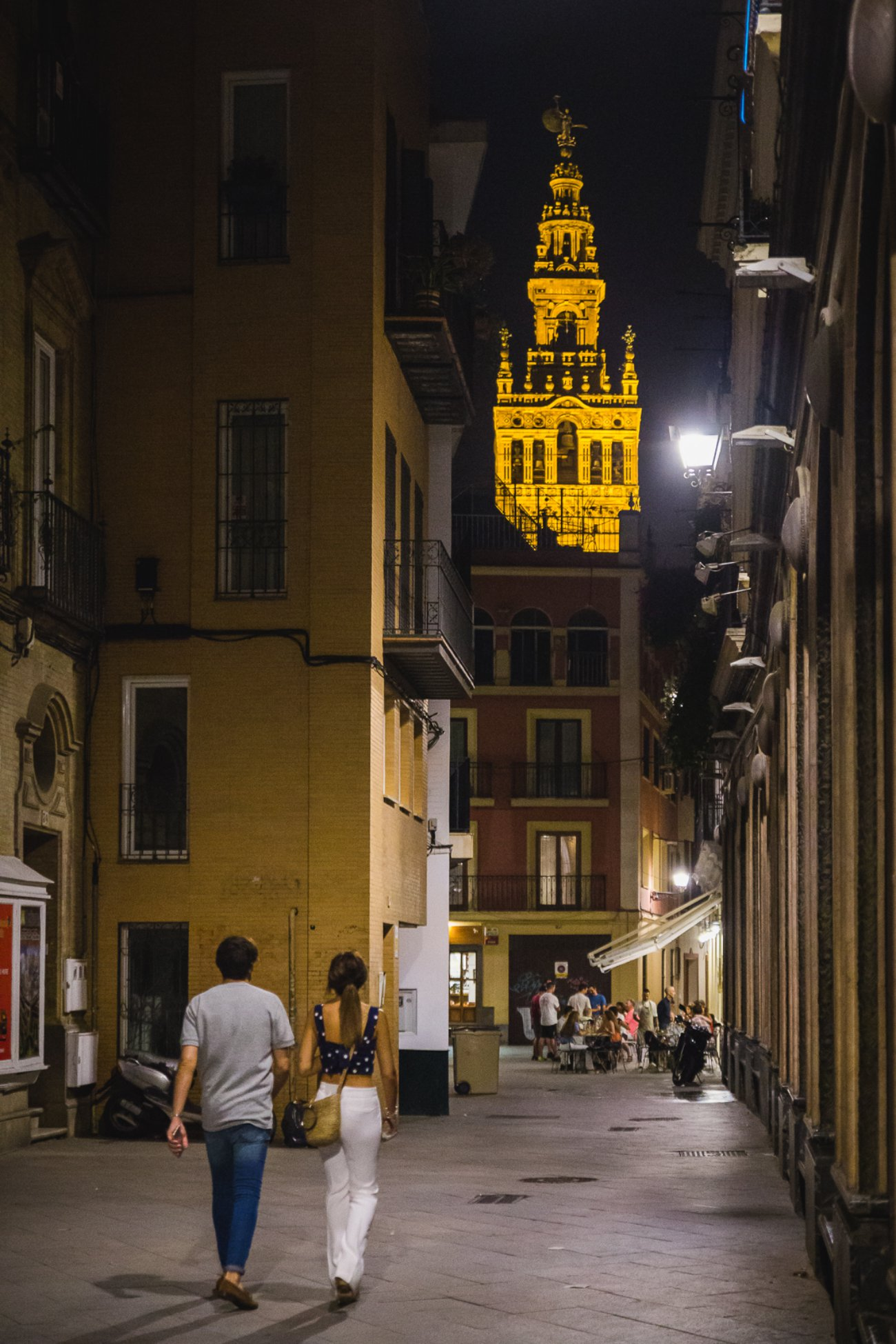 Planes Sevilla: paseo por la noche