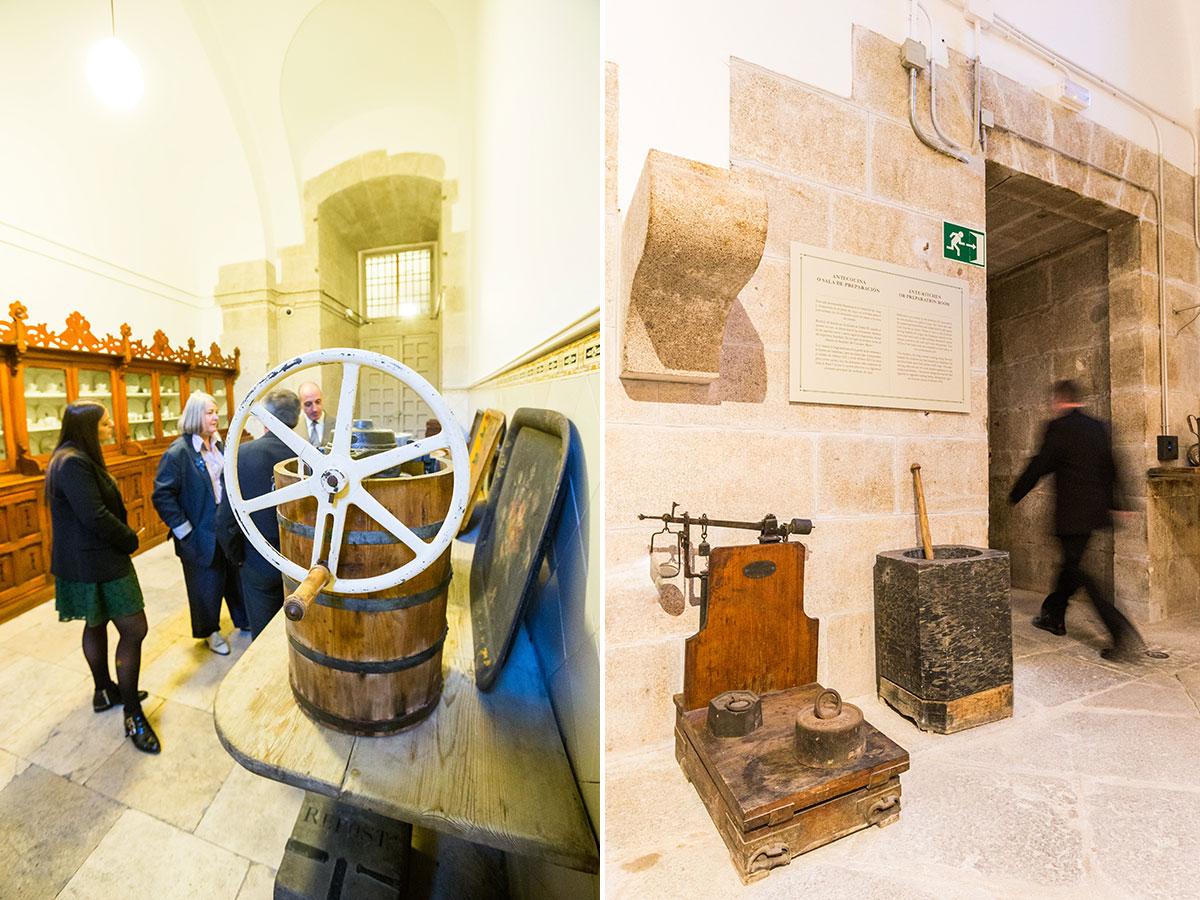 Cocinas Palacio Real: Una heladora de las heladoras y un gran mortero y báscula, al otro lado. Foto: Máximo García