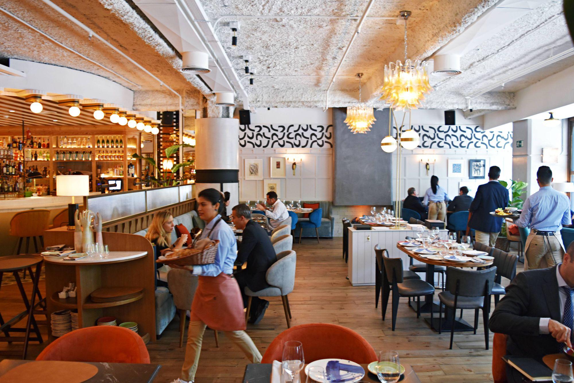 Otro de sus platos fuertes es el espacio (para más de 250 comensales) y su apuesta por la coctelería. Foto: Sinsombrero.