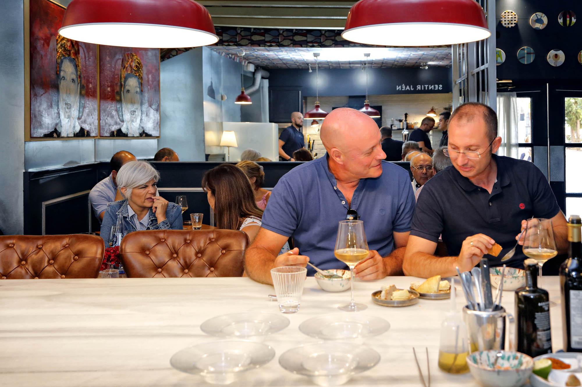 El restaurante de Pedro Sánchez tiene capacidad para máximo 15 personas.