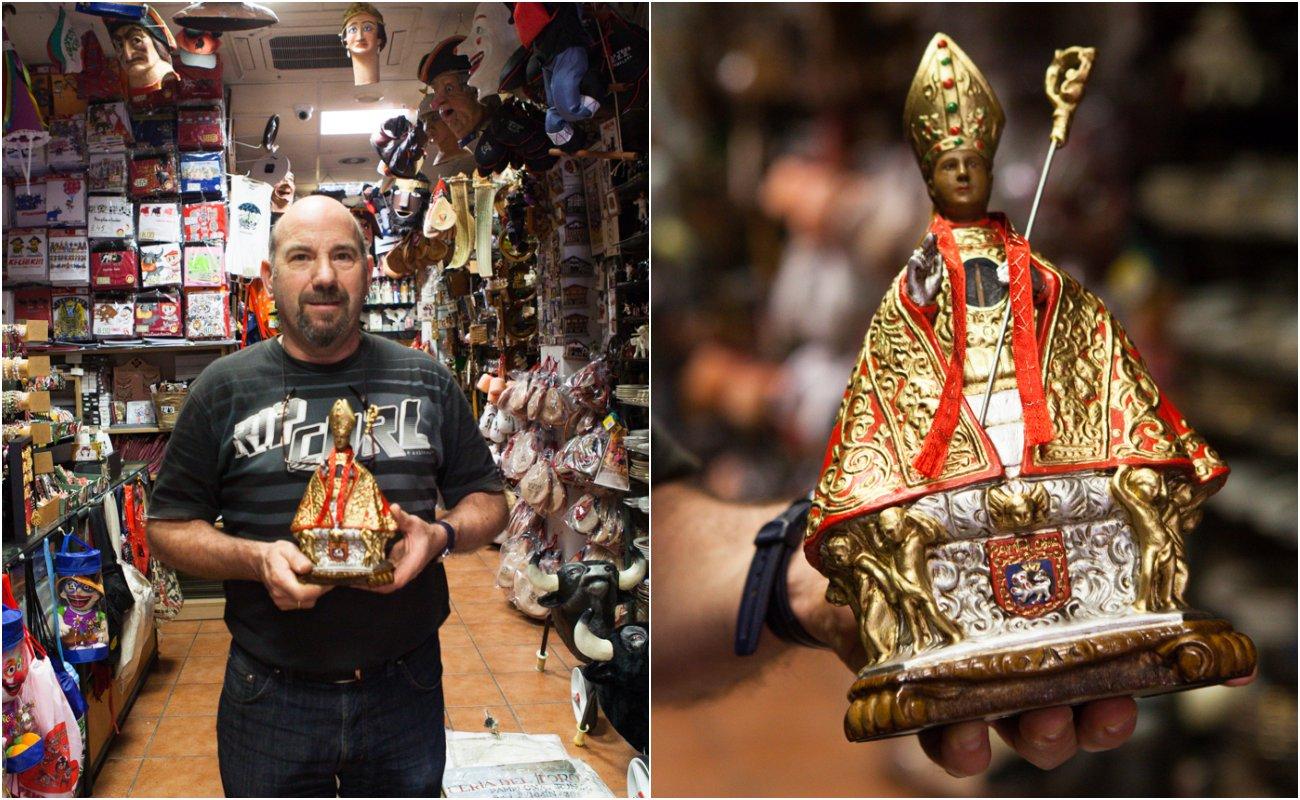 Pamplona - Souvenirs La Estafeta y figura de San Fermín