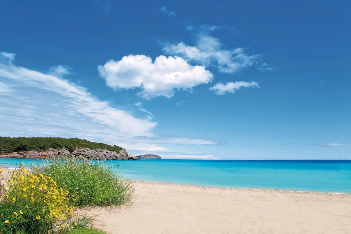 Cala Nova en Ibiza.