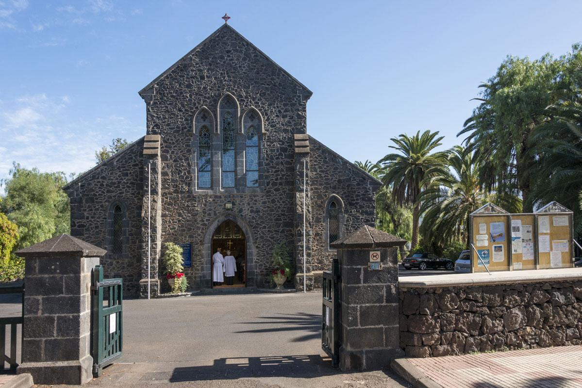 El aire británico del diseño de esta iglesia es inconfundible.