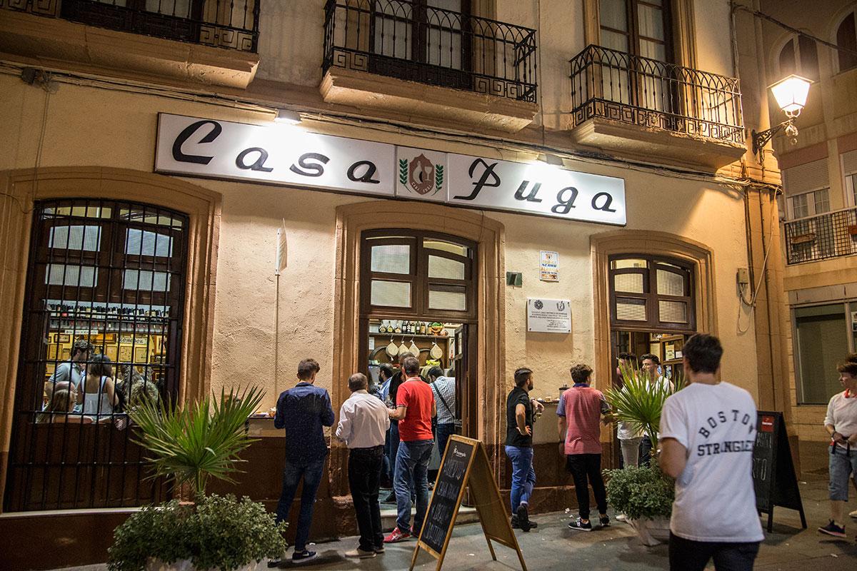 Abierta desde 1870, 'Casa Puga' es un paso obligado.
