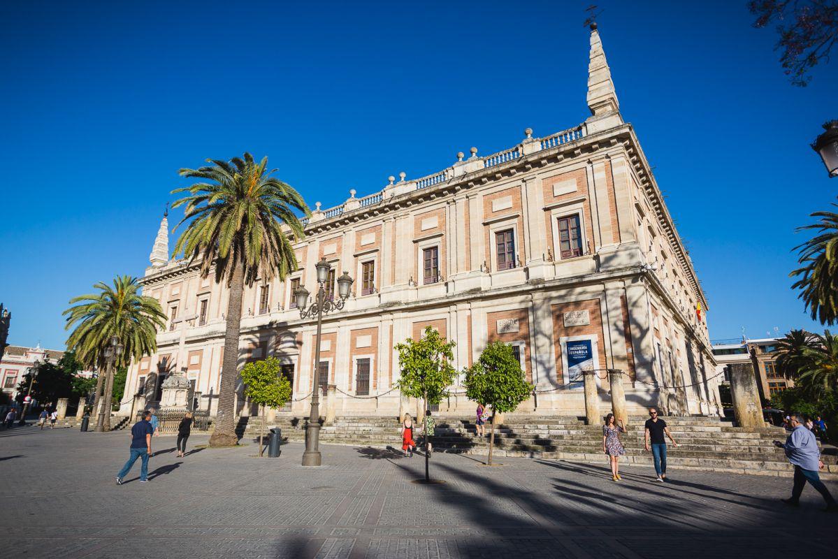 Vista exterior del Archivo de Indias, en Sevilla.