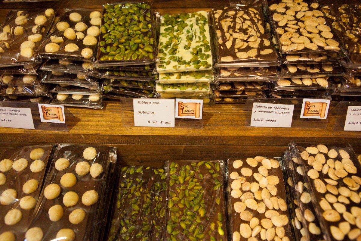 Hasta 40 referencias de chocolates, aptos para todos los públicos.
