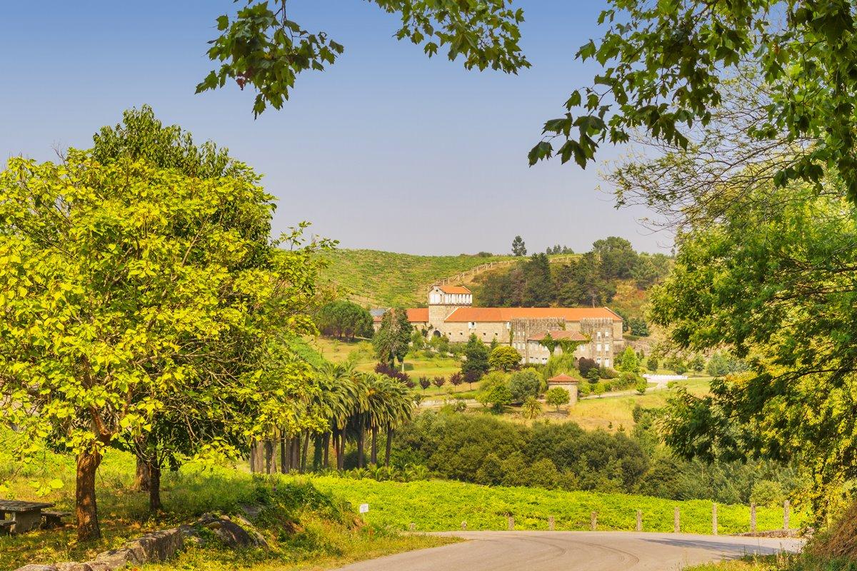 El Pazo de Baión es ahora propiedad de la cooperativa Condes de Albarei. Fotos: Shutterstock.