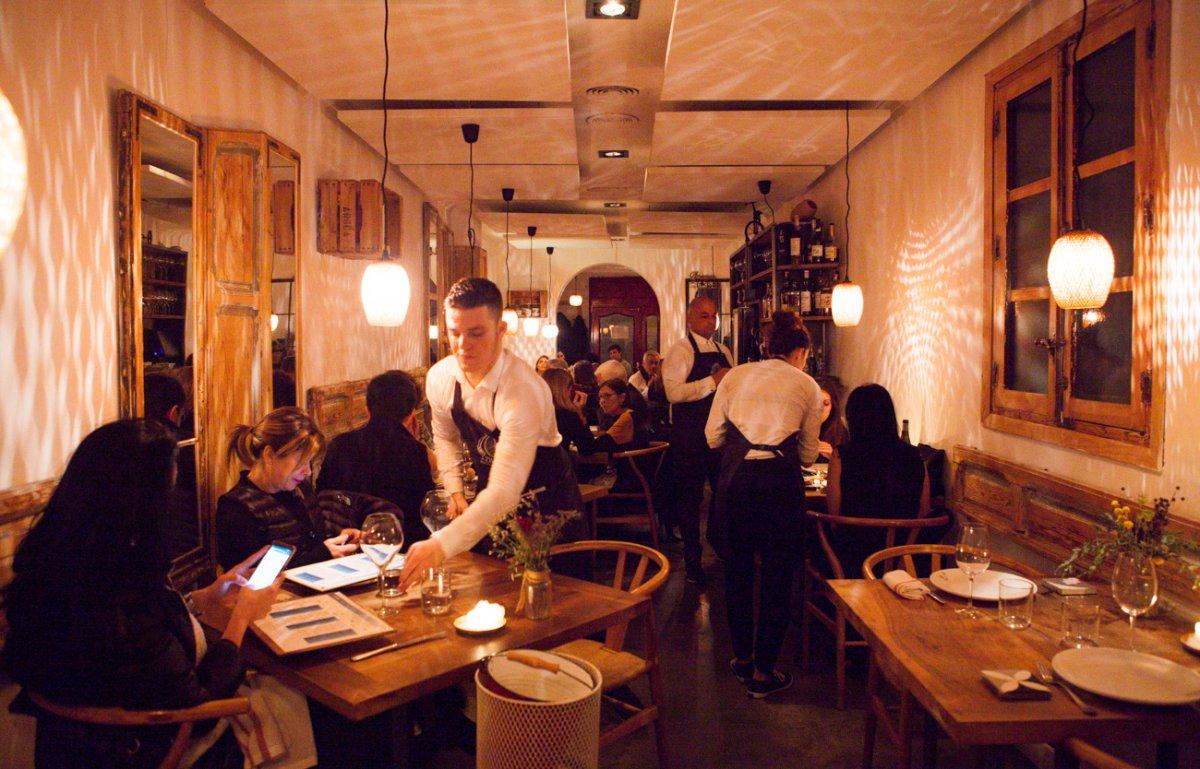 Restaurante Triciclo: clientes y ambiente de salón
