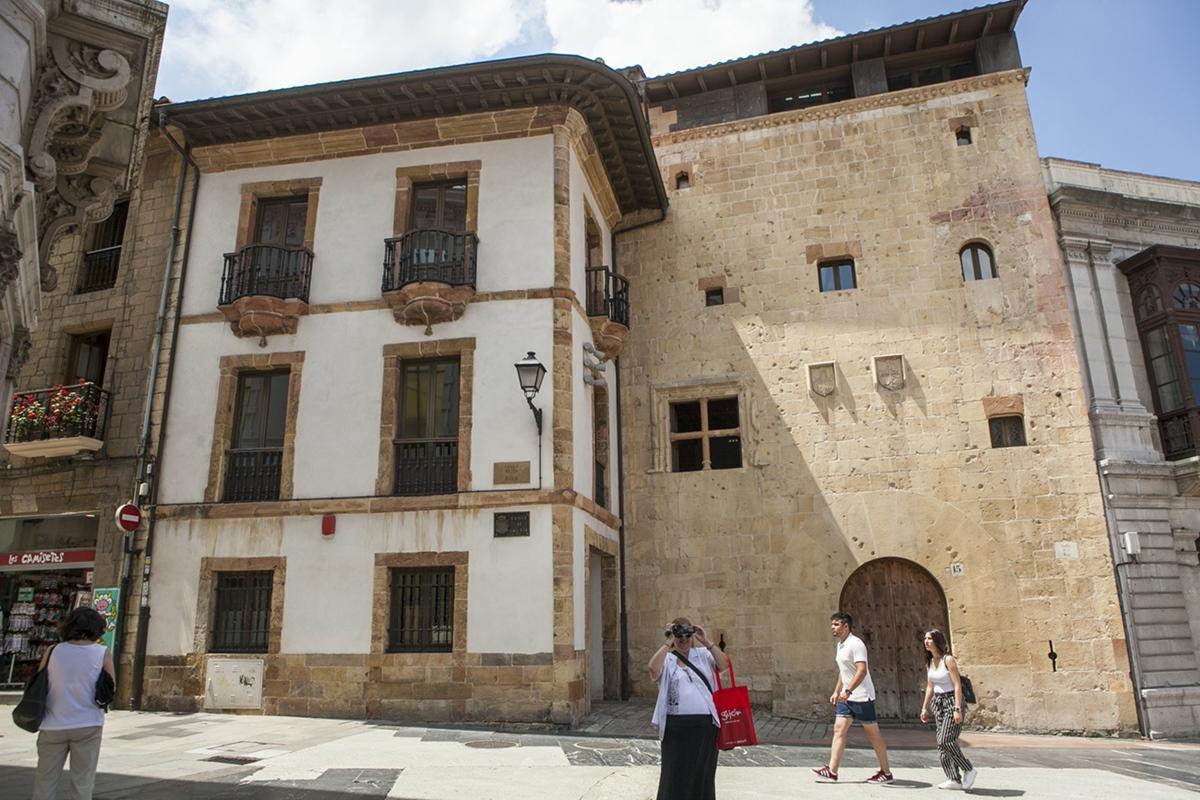El Palacio de la Rúa, donde se alojó Borrow y le pareció pobre.