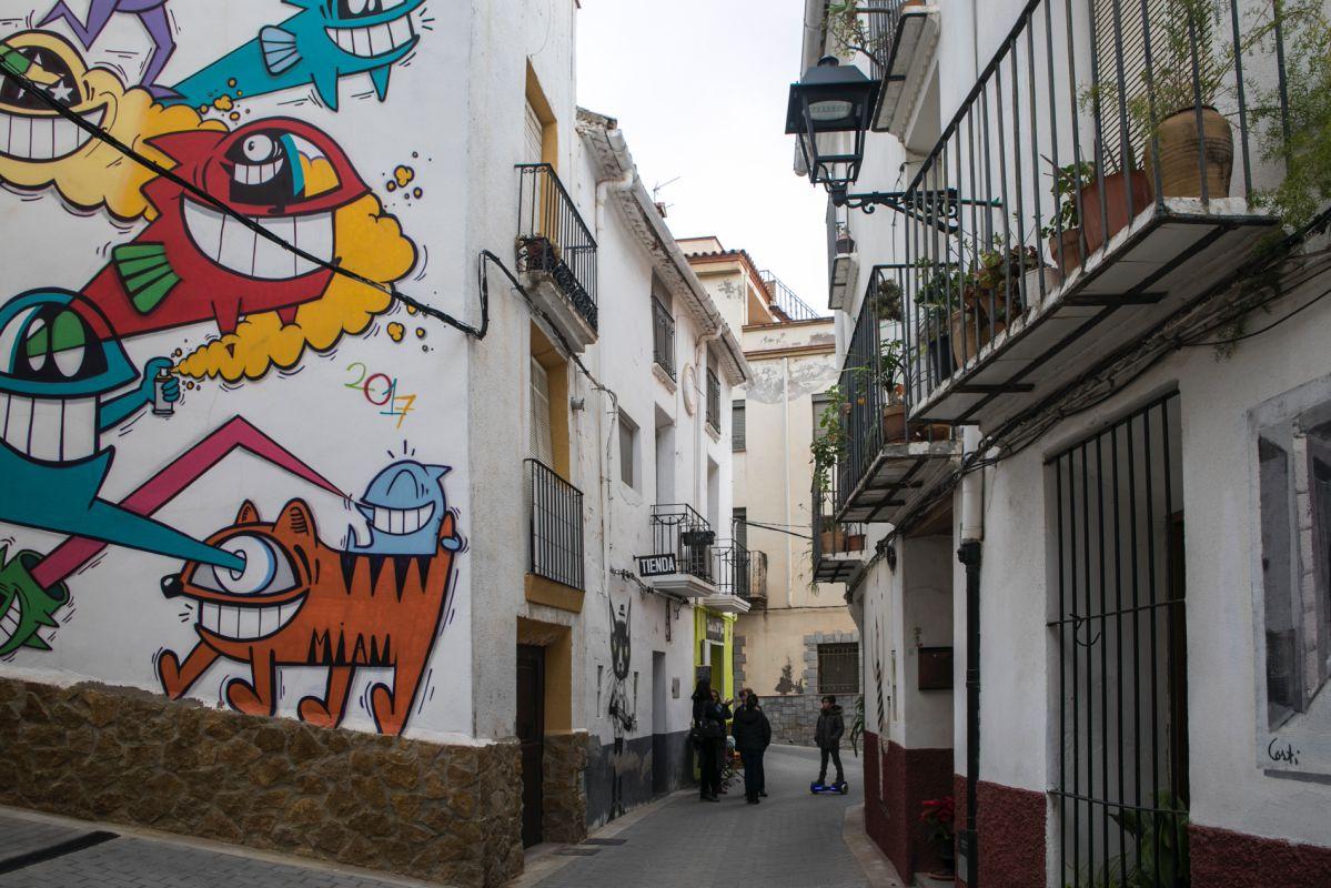 Con cada edición los residentes ven cómo mutan las ilustraciones y los murales.