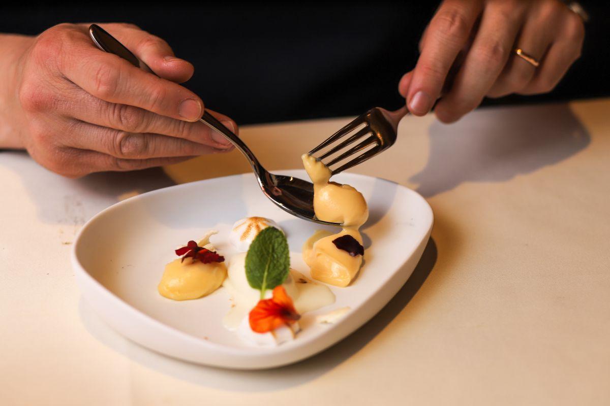 Uno de los deliciosos postres del Restaurante Aizian.