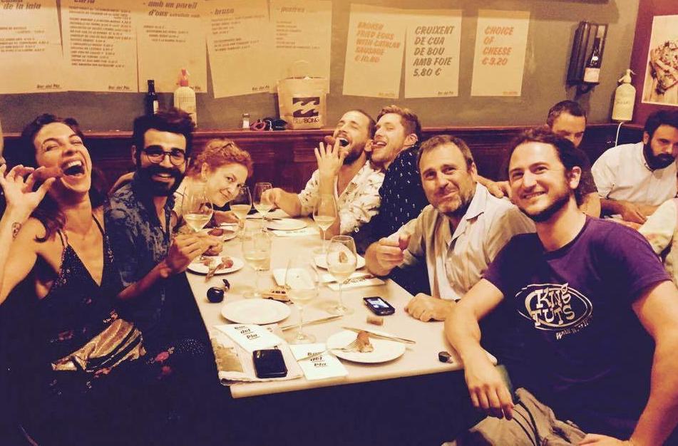 A David le encanta comer bien y en buena compañía.