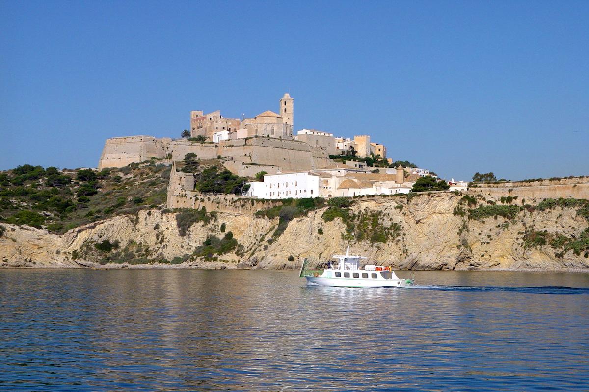 Murallas. Foto: Fundación de Promoción Turística de Ibiza.