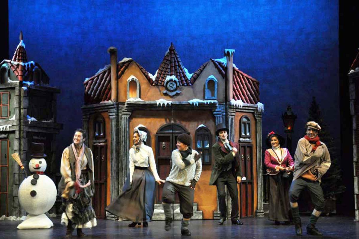 El clásico 'Cuento de Navidad' de Charles Dickens en el Teatro Sanpol.