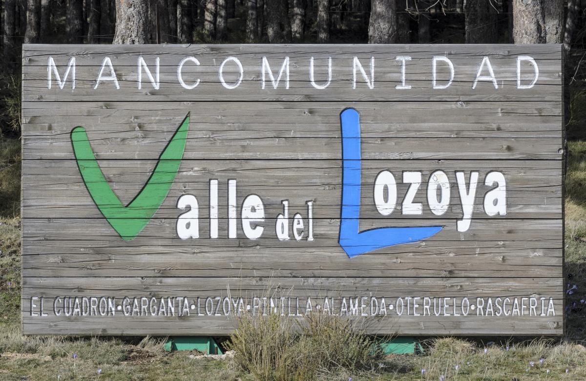 El cartel que te abre las puertas al Valle del Lozoya. Foto: Shutterstock.