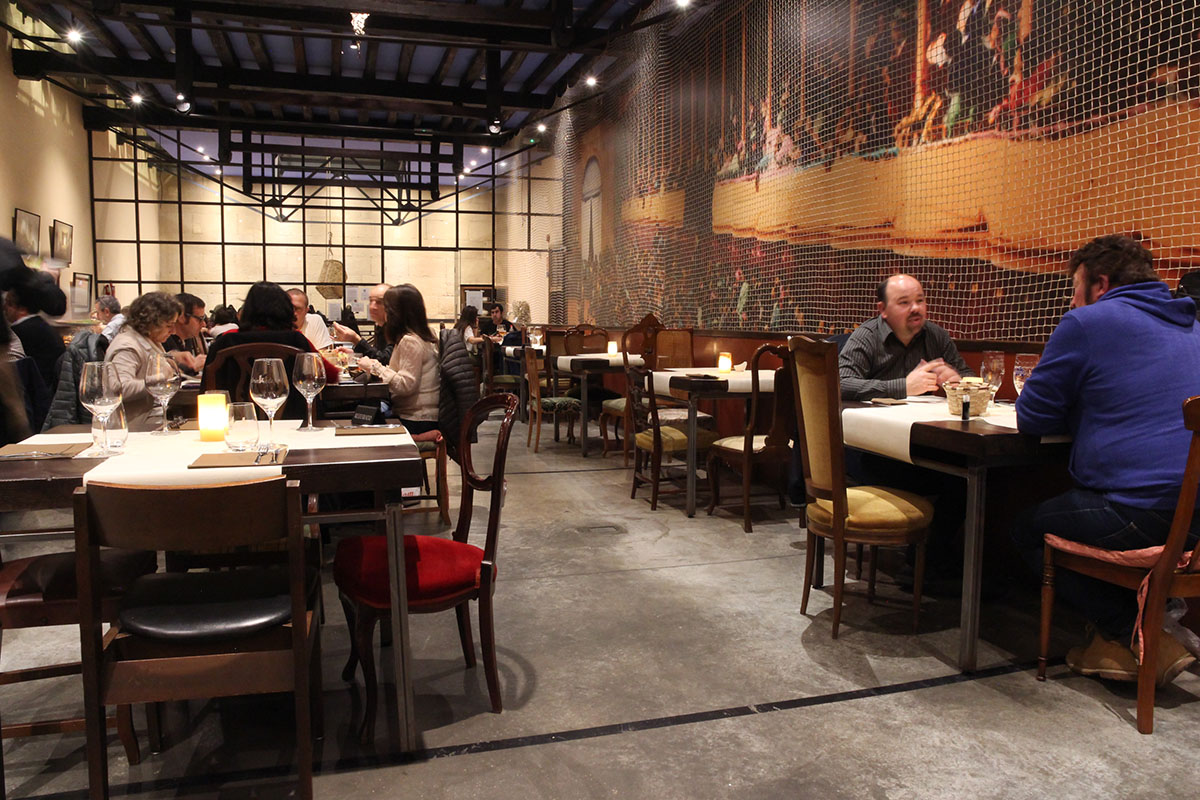 Este restaurante puede acoger hasta 150 comensales.