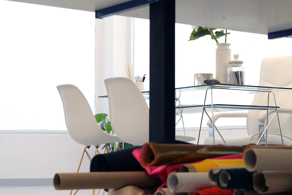En este atelier de Guadalajara el diseñador adapta sus creaciones a lo que necesites. Foto: Juan Carlos Pajares.