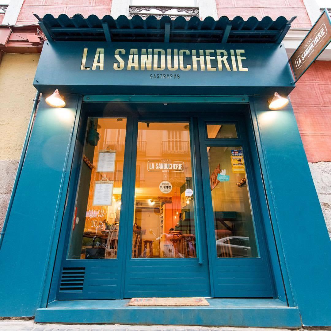 Entrada de La Sanducherie