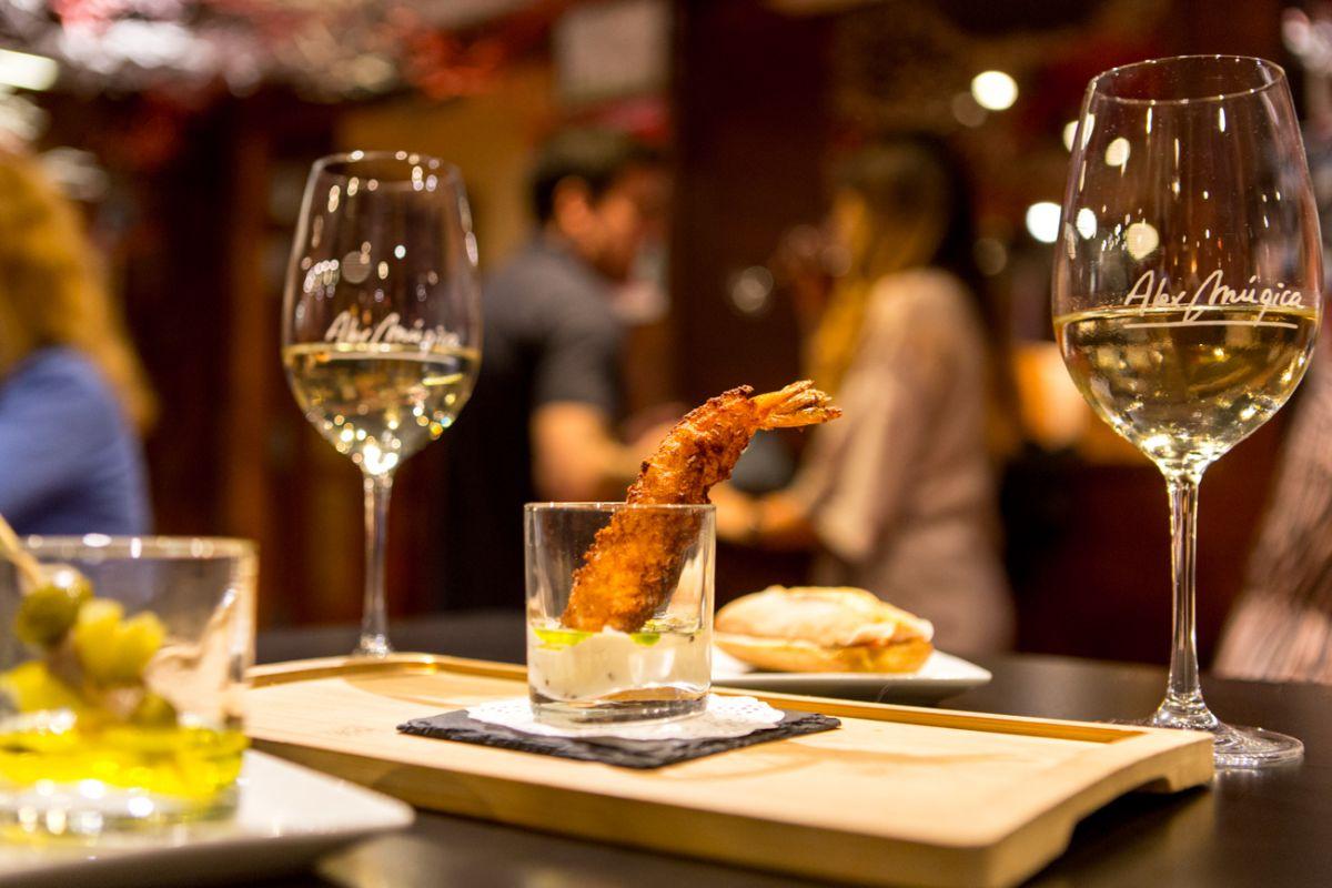 Un clásico que no puede estar más delicioso: el langostino frito, en 'Álex Múgica'.