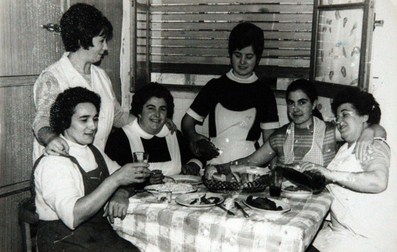 Marisa Sánchez ('Echaurren Tradición') con parte de su equipo de cocina