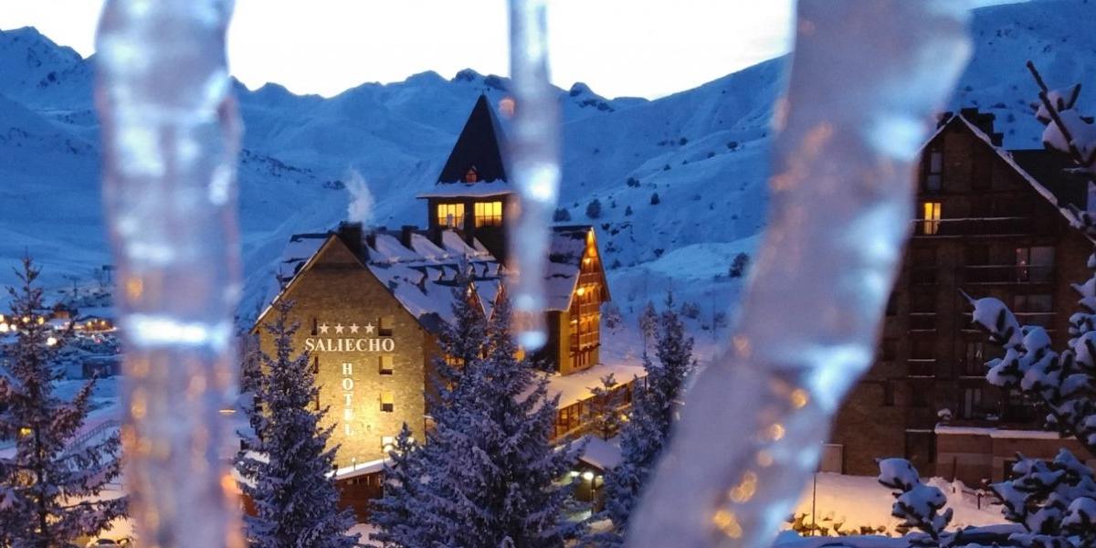Un chalet montañés para desconectar entre la nieve. Foto: Hotel Saliecho