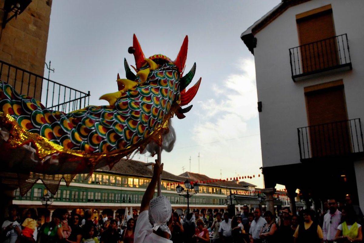 Performance del Festival en la pintoresca Plaza Mayor de Almagro. Foto: Manuel Ruiz Toribio.