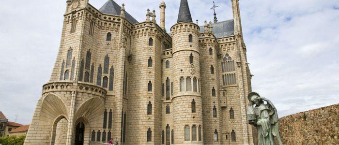 Palacio episcopal de Astorga.