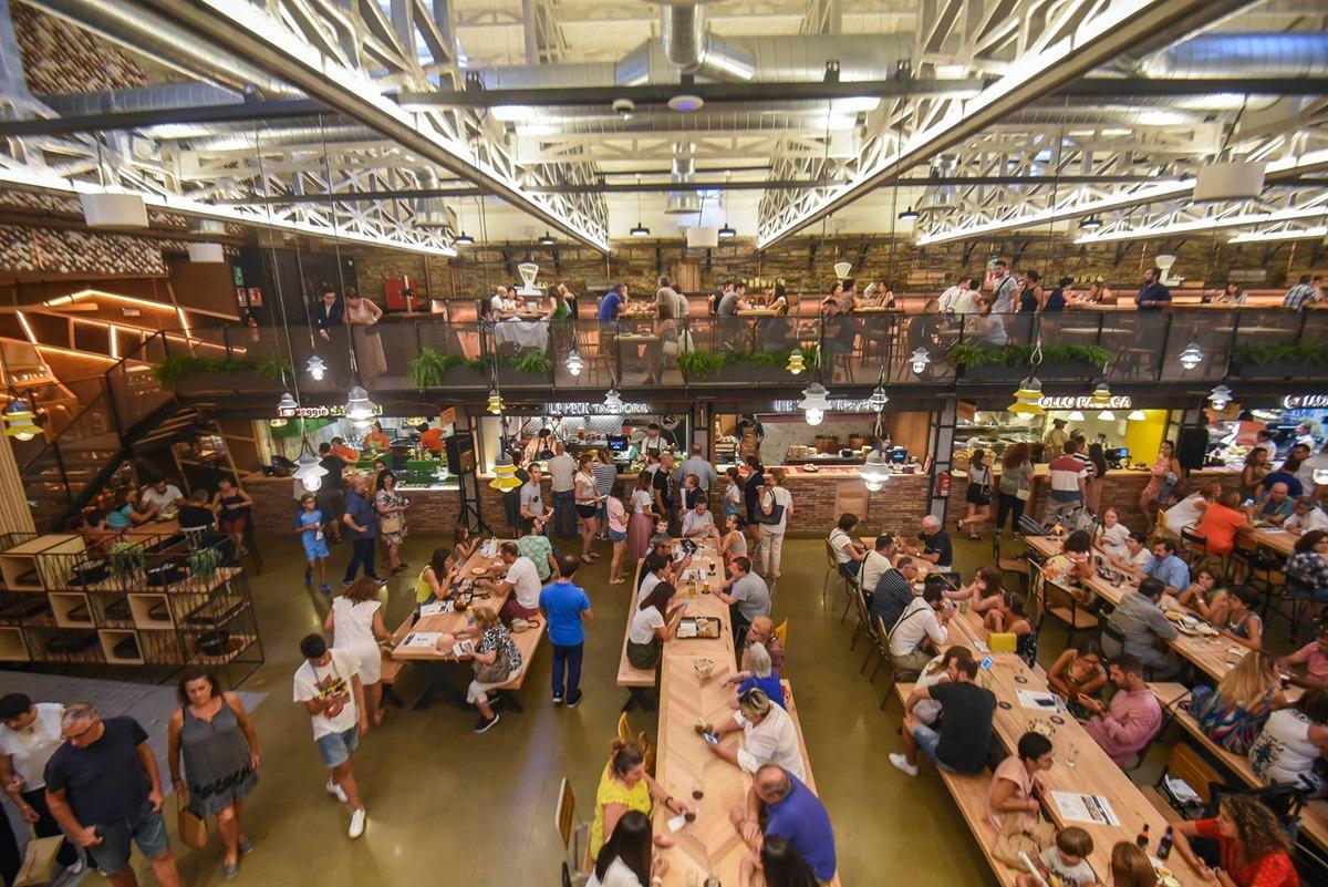 La Galiciana se ha convertido en poco tiempo en un hervidero de personas amantes de lo culinario. Foto: Facebook Mercado La Galiciana.