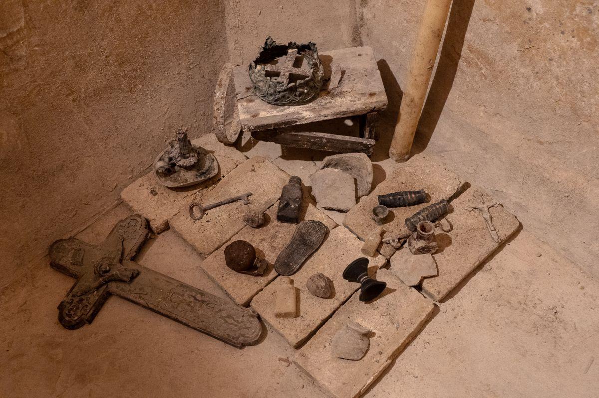 Las catacumbas eran lugar de enterramientos de la antigua orden de beatas terciarias franciscanas del siglo XVII.