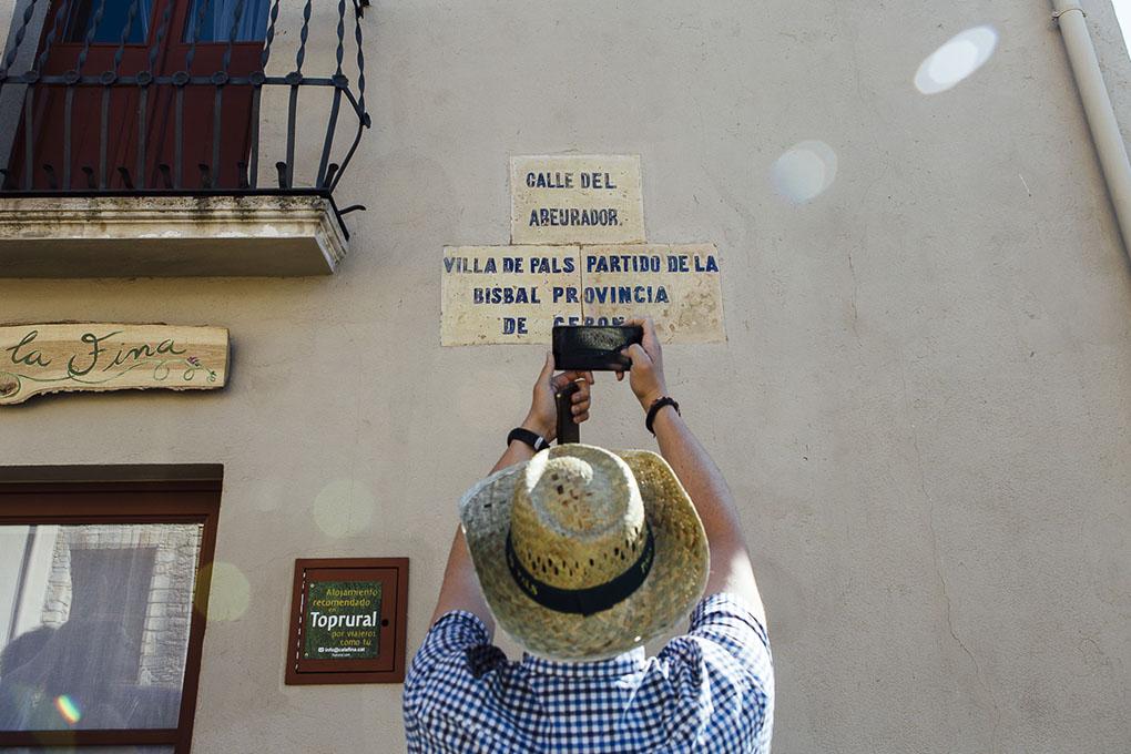 La calle del 'Abeurador', la única que no se castellanizó durante la dictadura de Franco.