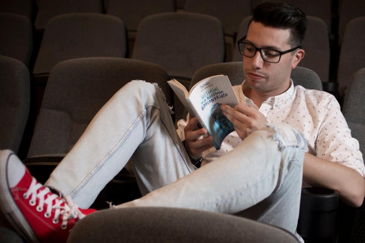 El joven escritor es todo un referente para los lectores 'millennials'. Foto: Instagram.