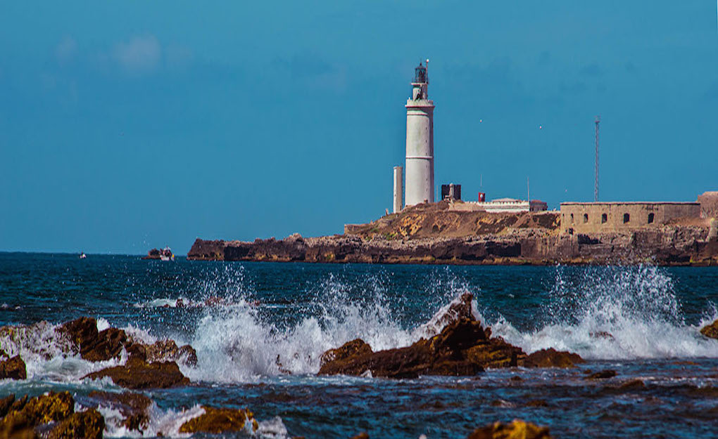 El faro de Tarifa, en Isla de las Palomas. Foto: M. Rojas.