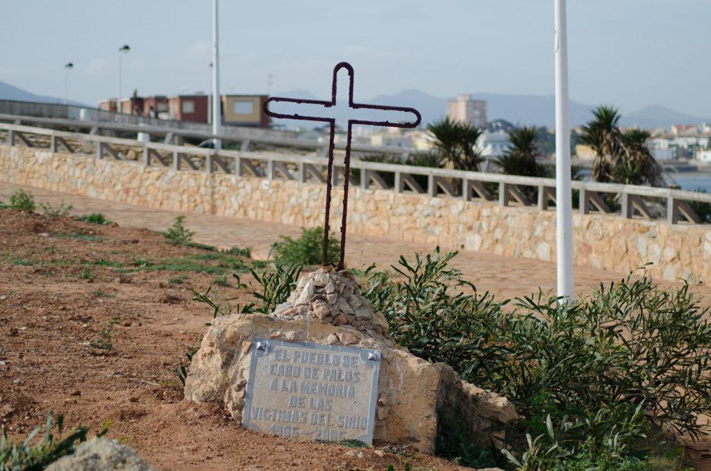 El pueblo recuerda aún el naufragio de El Sirio hace más de un siglo. Foto: Ramón Peco y Manuela Martínez.