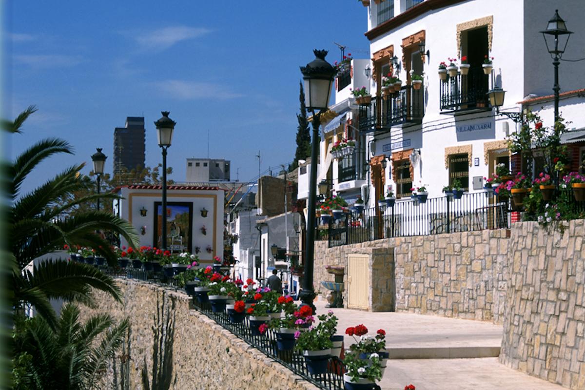 Barrio Santa Cruz. Foto: Turismo de Alicante.