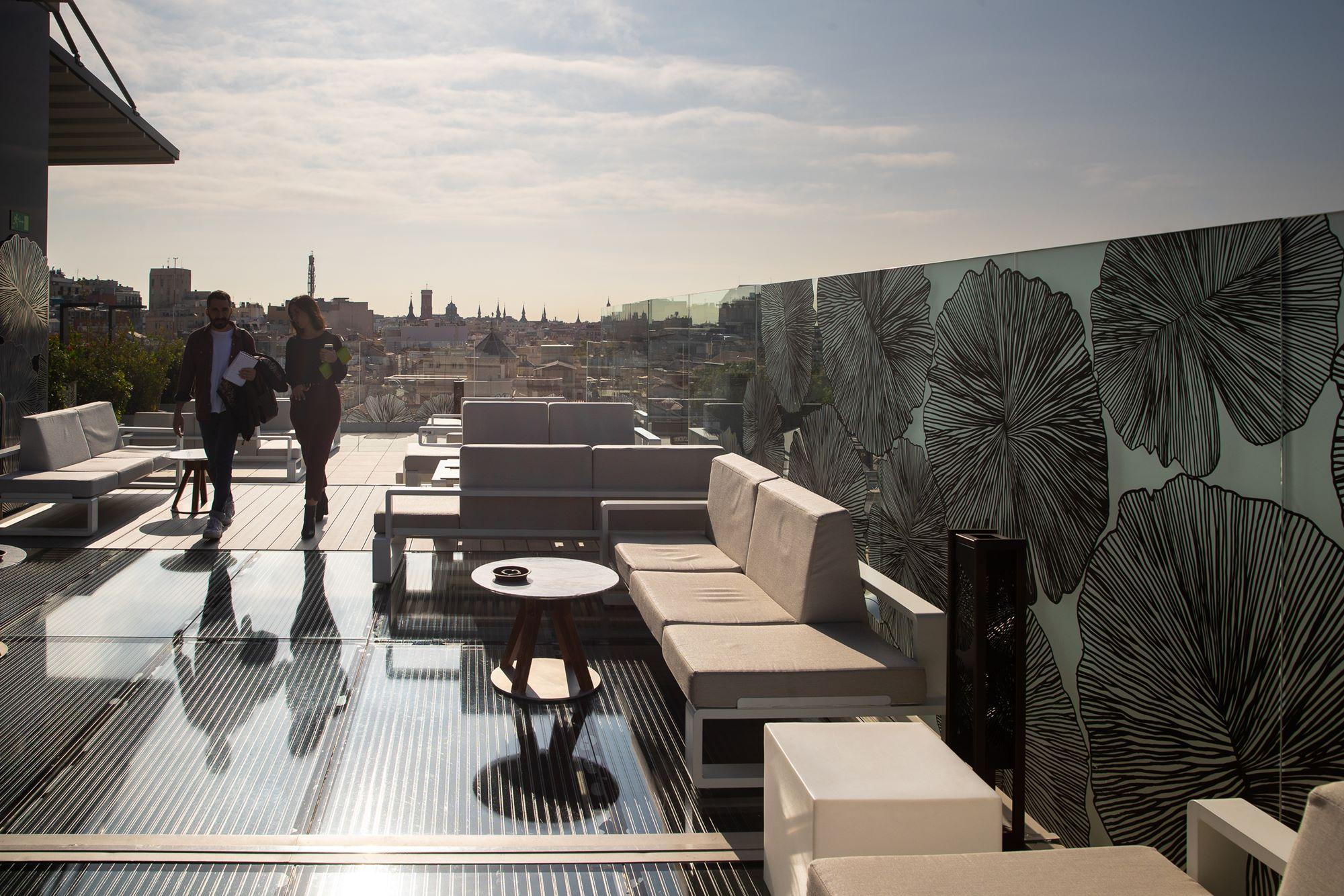 La terraza del 'Ginkgo Sky Bar' mide 1.000 metros cuadrados.