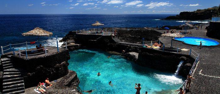 Piscinas Charco Azul. Foto: Van Marty. Cedida por: Patronato de Turismo de La Palma.
