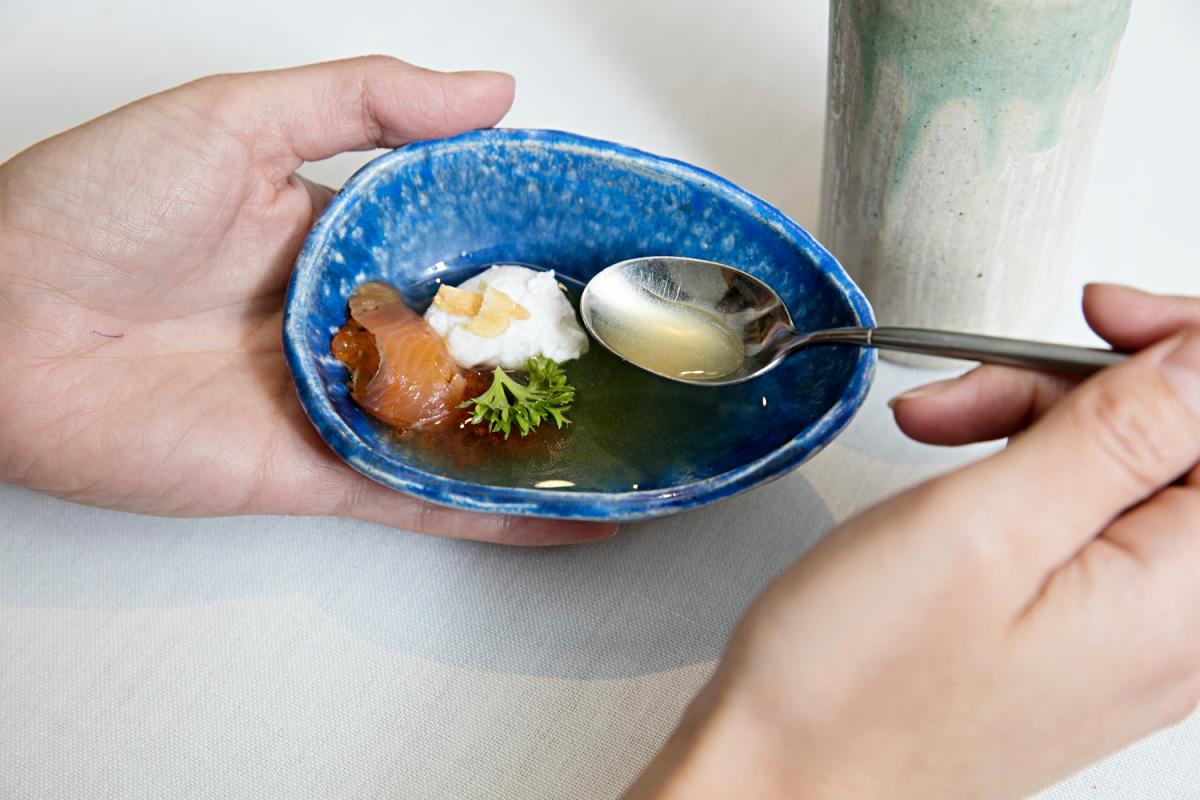 Sopa de trucha picante en versión fría.