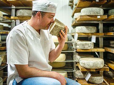 Quesos Elvira García: quesos de cabra artesanales