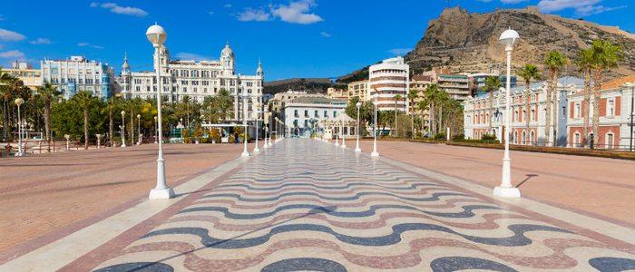 El mosaico del paseo marítimo de Alacant está compuesto de 6,5 millones de teselas.